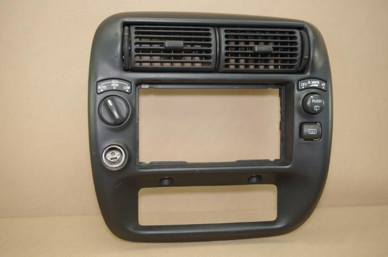 95 01 Ford Explorer 97 01 Mercury Mountaineer Radio Climate Bezel Trim