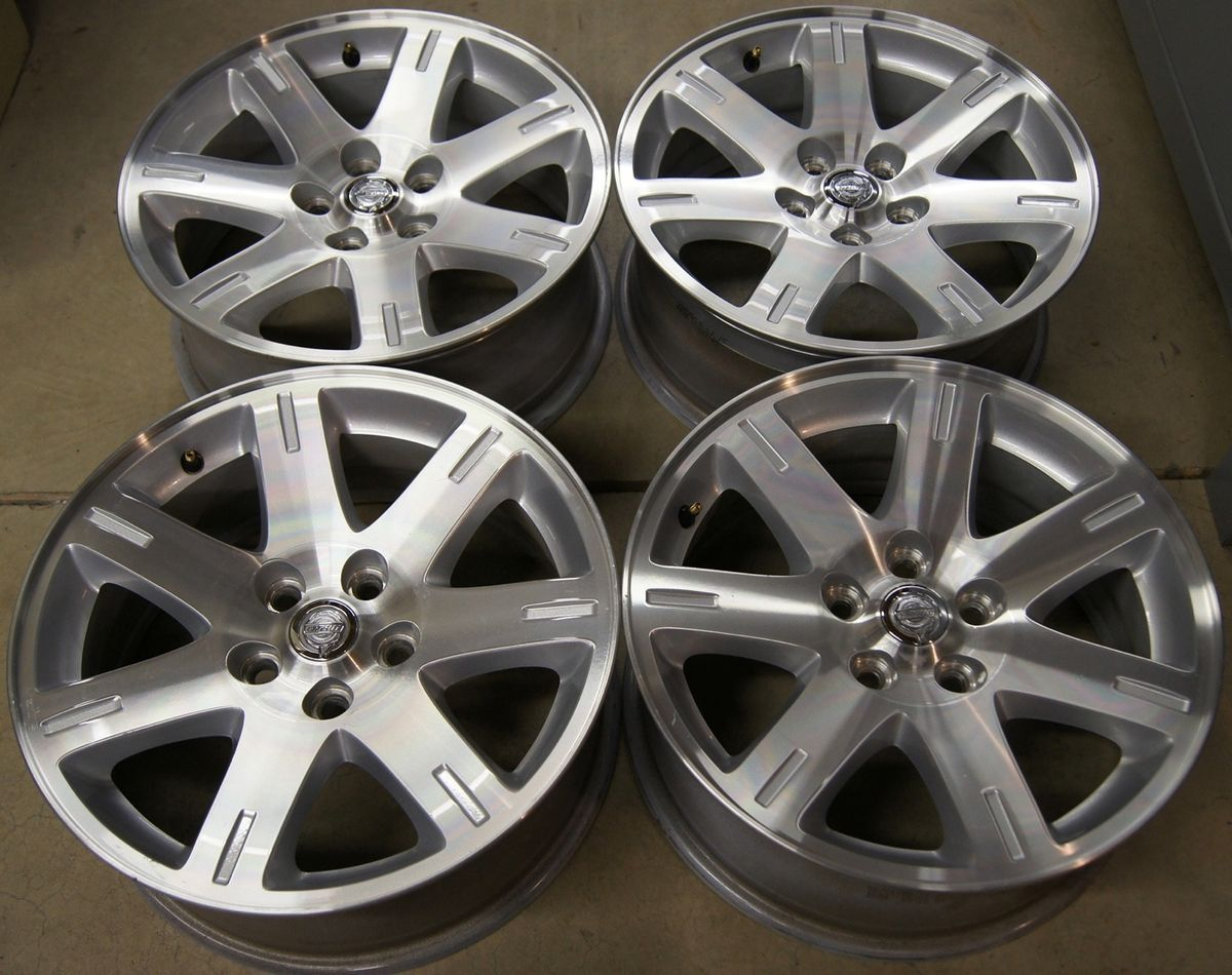 300 Dodge Charger Magnum Challenger 17 Factory Wheels Rims 05 10 2361